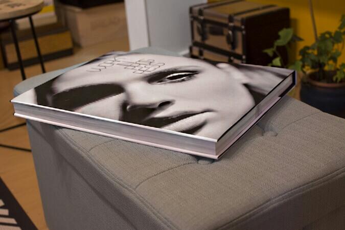 ספר שולחן מעוצב