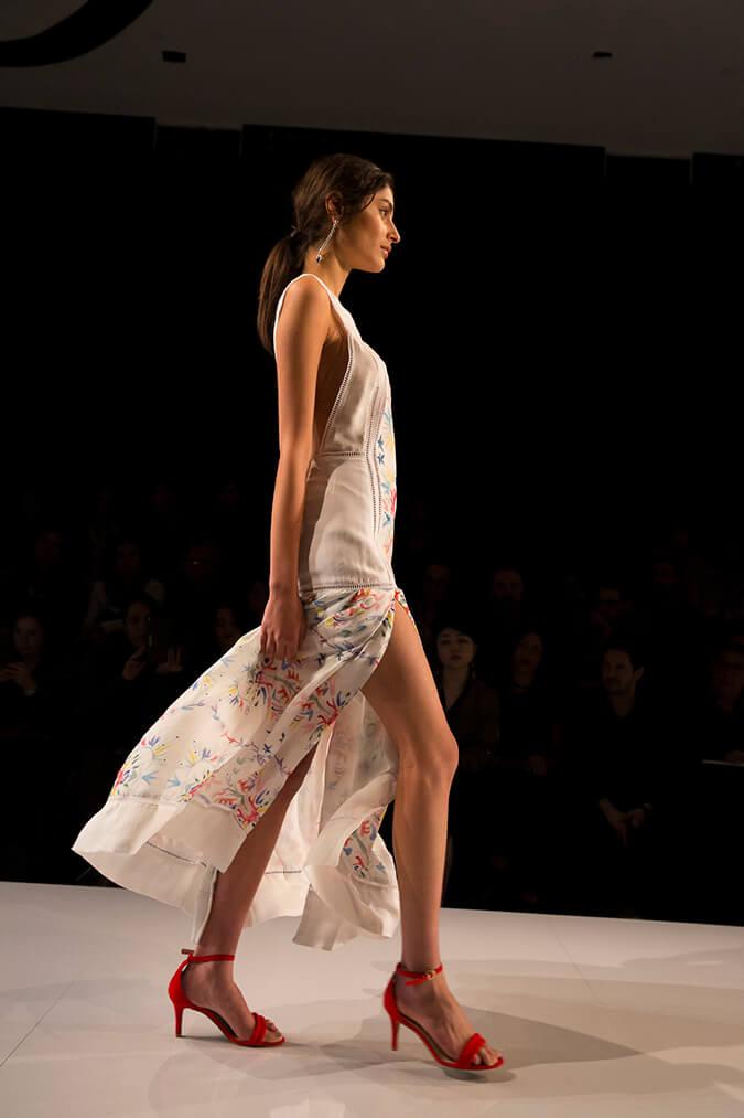 סבינה מוסיוב בשבוע האופנה גינדי