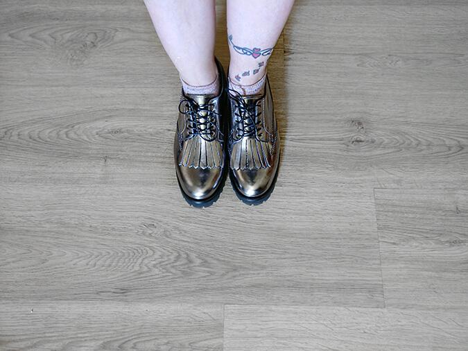 נעלי אוקספורד כסופות