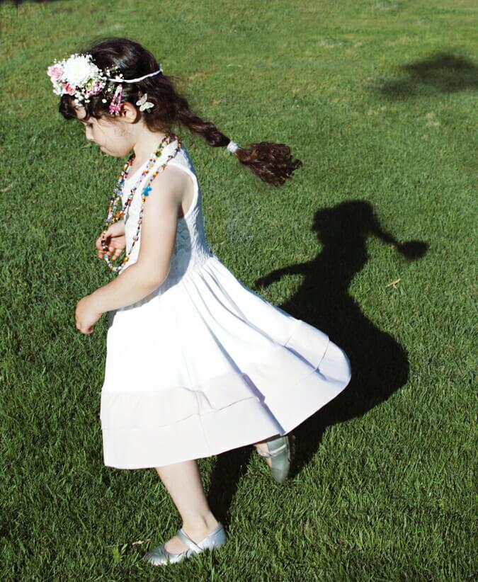 שמלה לבנה לשבועות