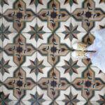 רצפה מצוירת