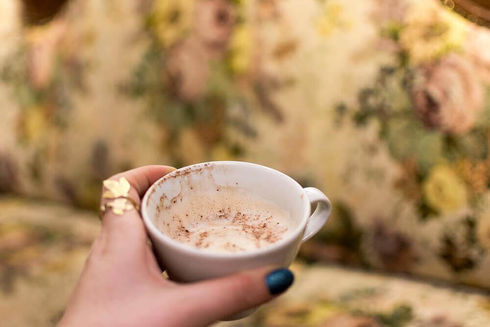 כוס קפה אחרונה לדרך