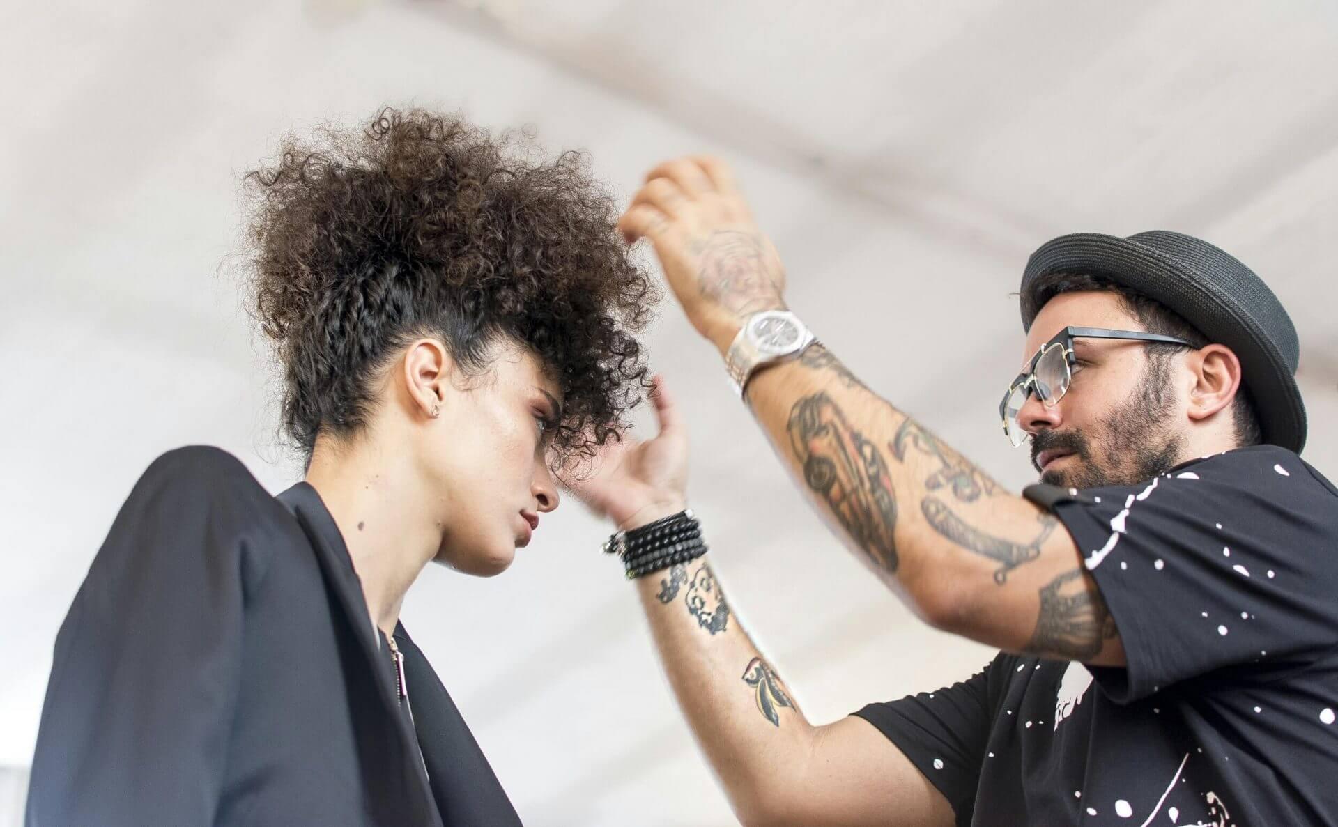 עיצוב שיער בהפקות אופנה