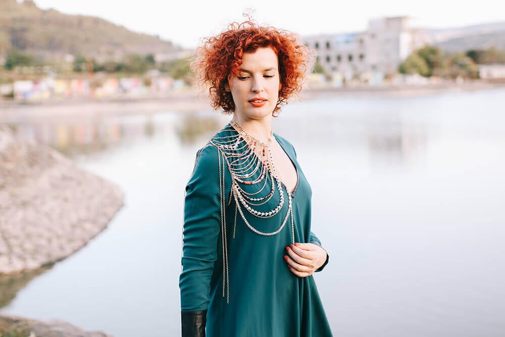 שמלה ירוקה של סבינה מושייב