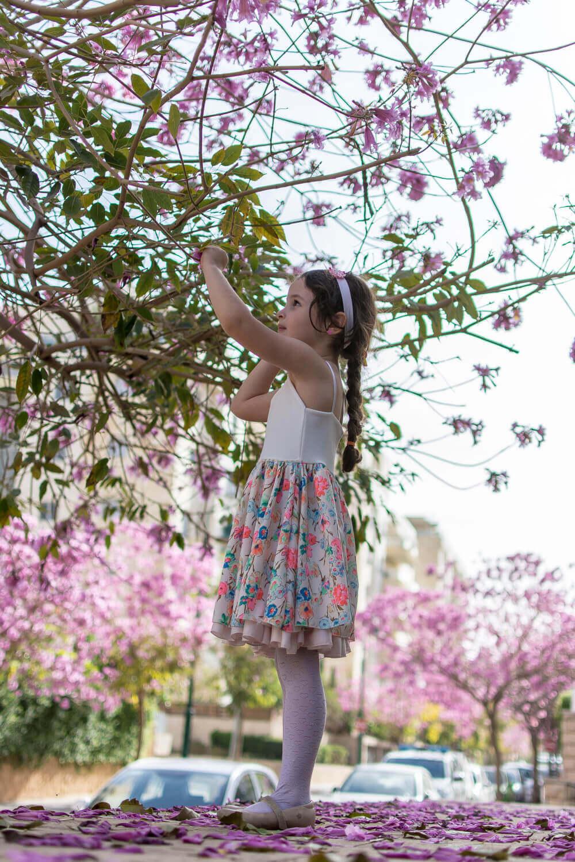 שמלה פרחונית לילדות