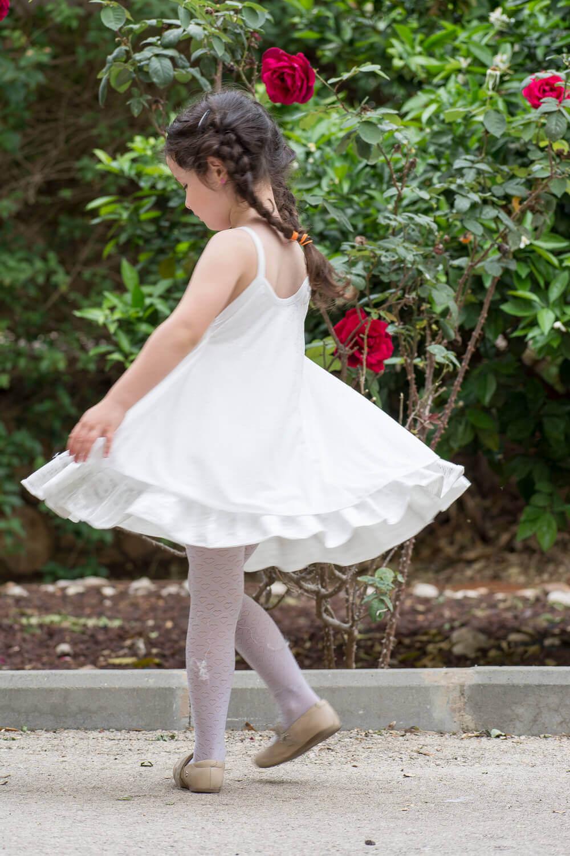 הדס שטרבנרג - שמלות בוטיק לילדות