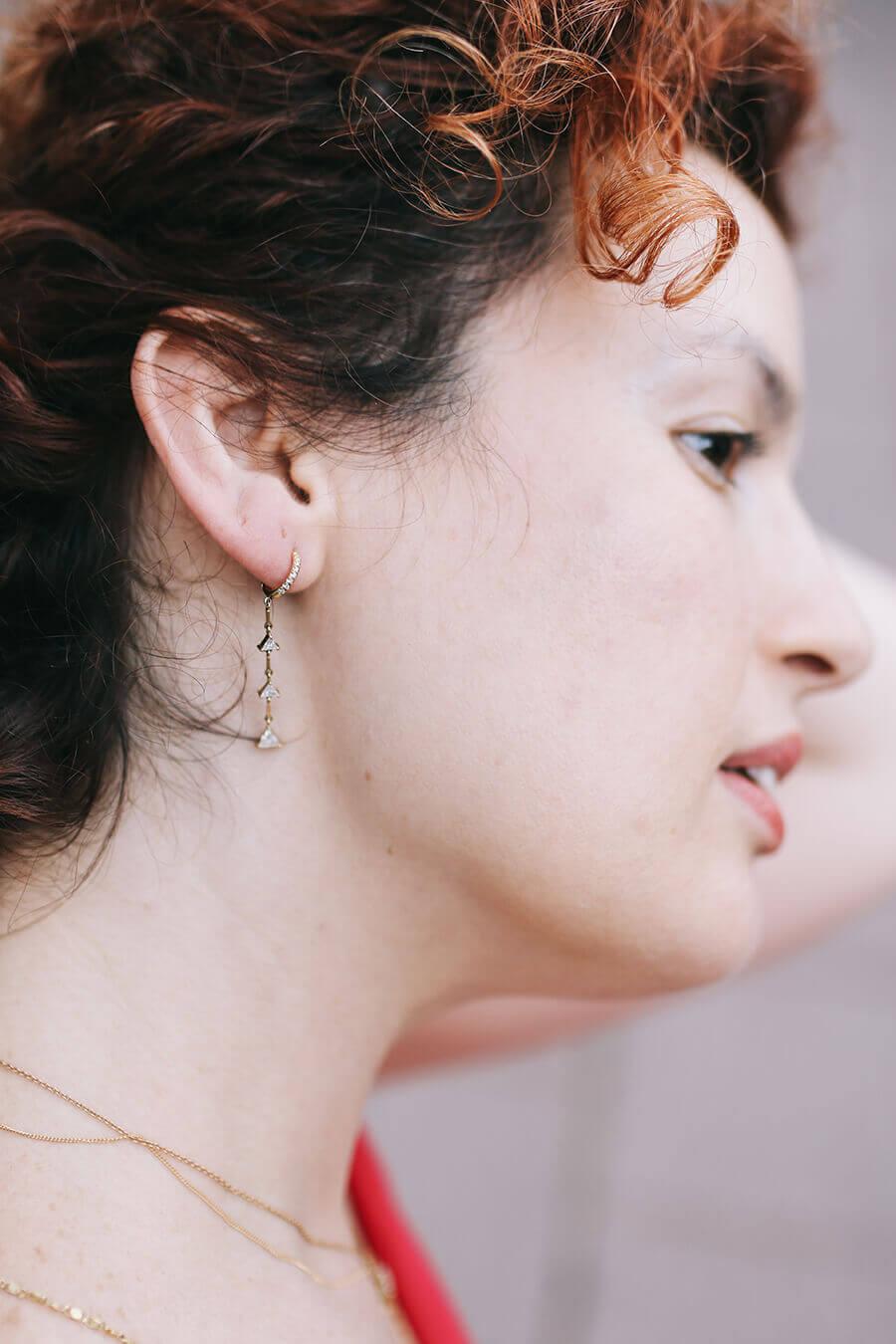 הנערה עם עגיל יהלום