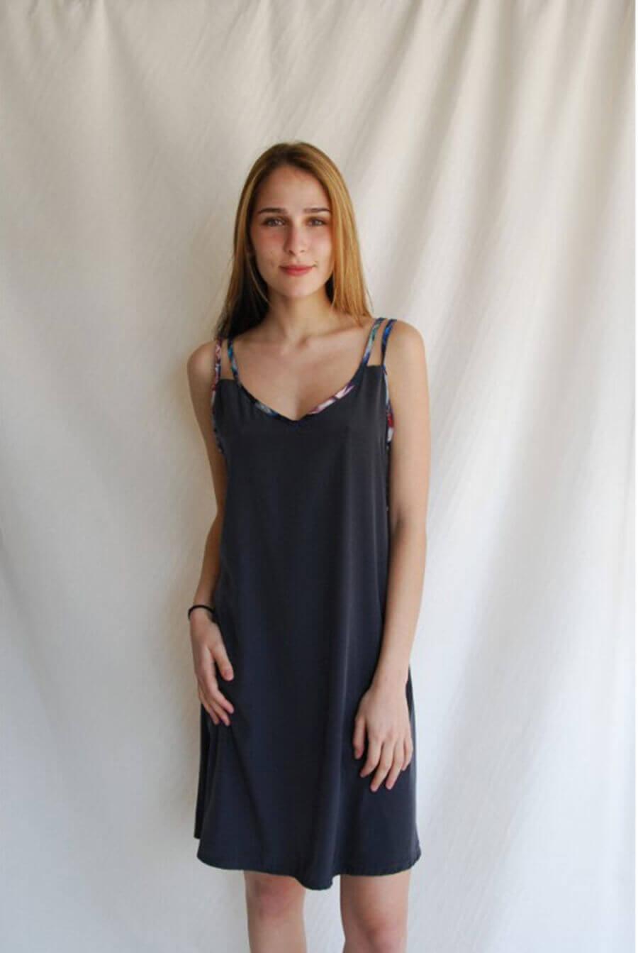 שמלת מיני אפורה