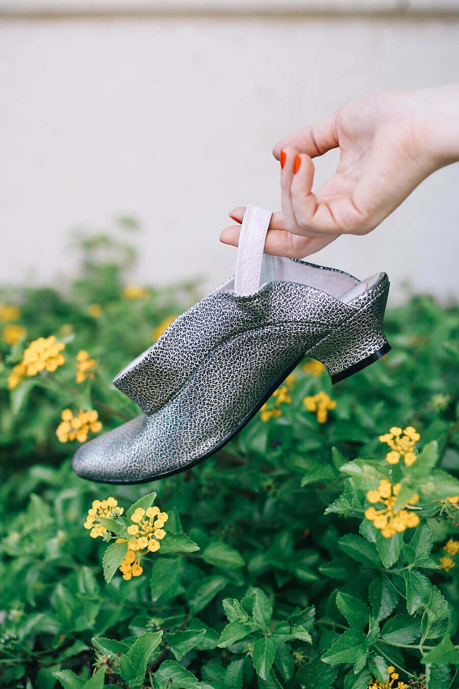 נעל כסופה של מיקה דרימר