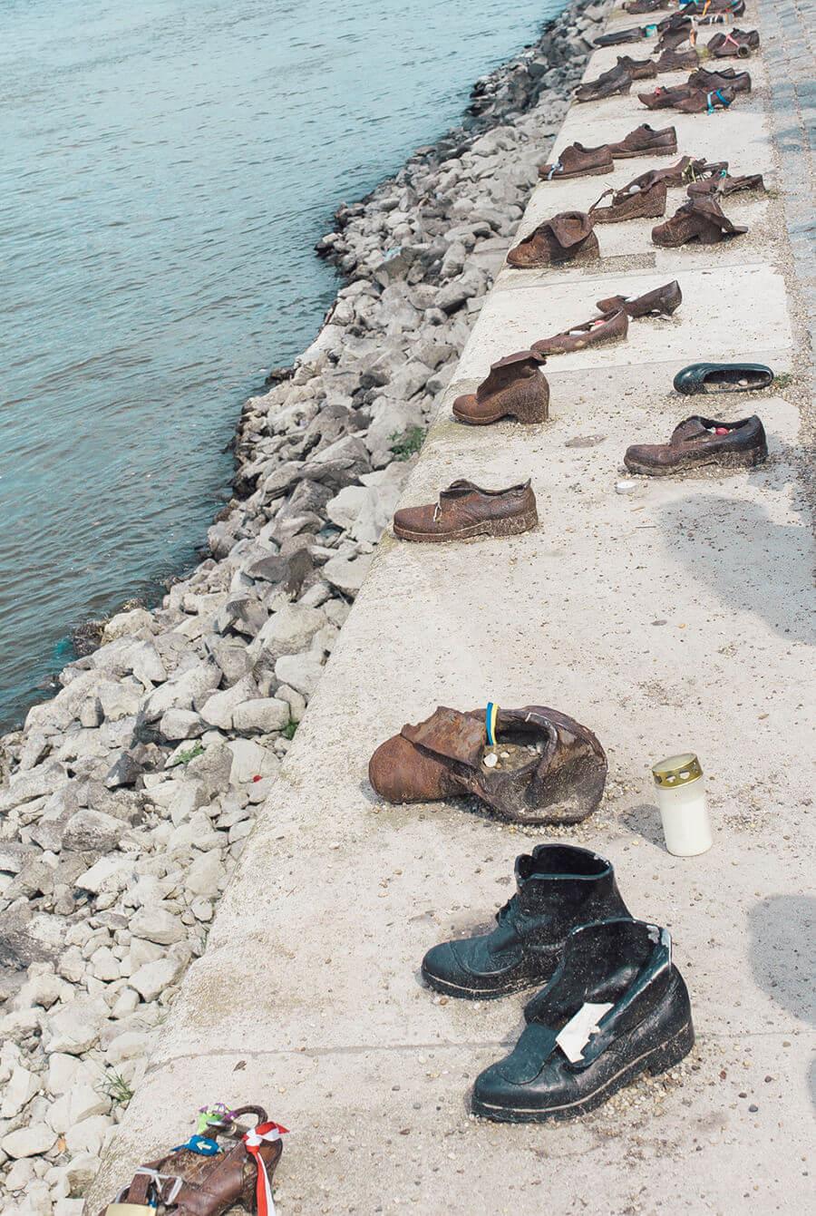 אנדרטת הנעליים בודפשט