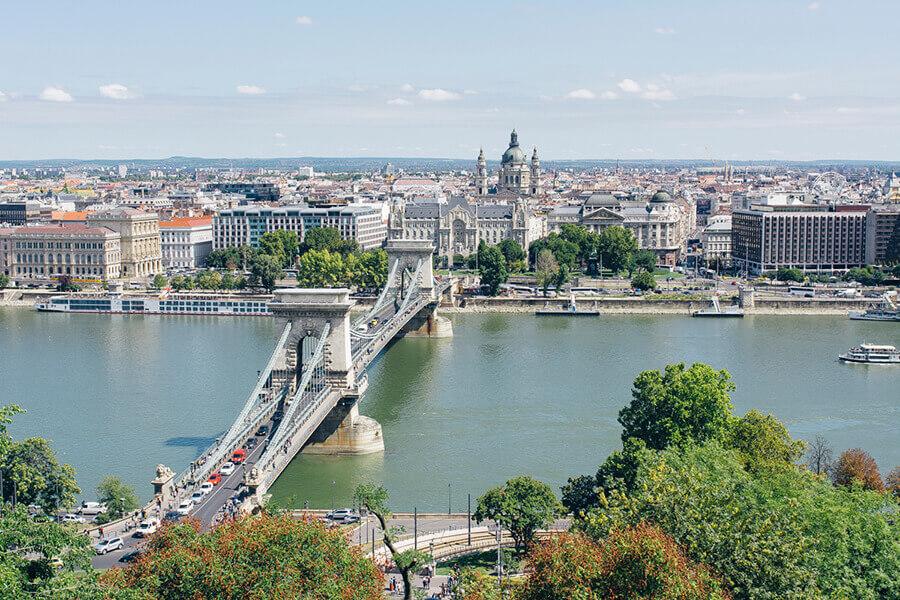 גשר השרשראות בבודפשט