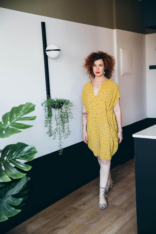 שמלת מיני קייצית בצבע צהוב חרדל