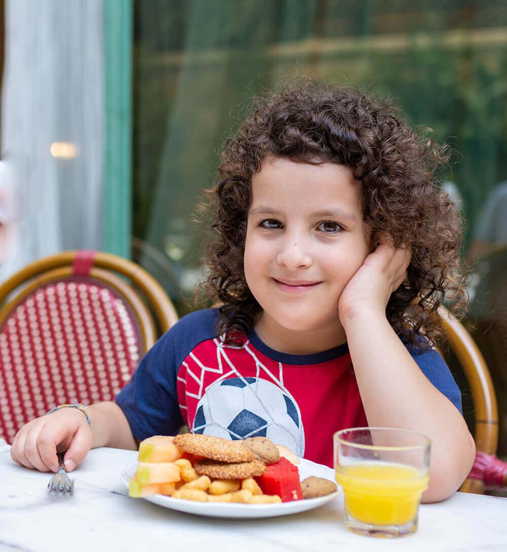 ארוחת הבוקר במלון ארתור